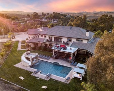 Villa Cabernet by Avantstay Expansive & Private Estate w/ Pool, Hot Tub & Outdoor Kitchen! - Temecula
