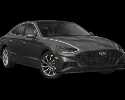 New 2022 Hyundai Sonata Limited FWD 4D Sedan
