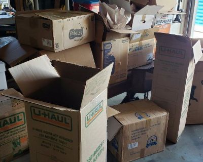 Free Moving Boxes and packing Material