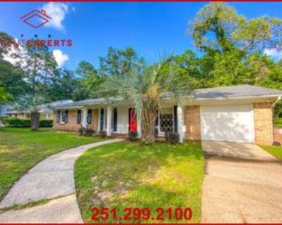 1022 Fribourg St #1, Mobile, AL 36608 4 Bedroom Apartment