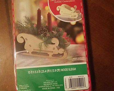 """NIP Diy wood sleigh. Size when finished 10"""" x 5.5"""". Fill with your favorite decore for the perfect centerpiece."""