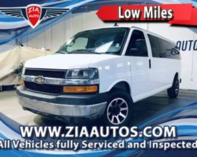 2017 Chevrolet Express Passenger 3500 LT with 1LT LWB