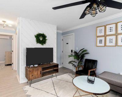 Sea Shack Harbor Suite - Cottage Line