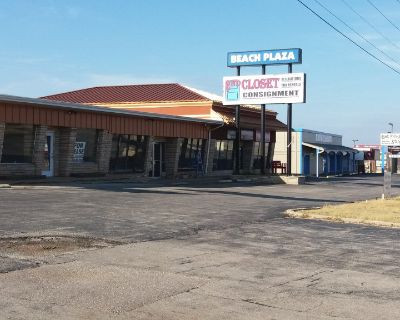 6000sqft Retail Space for Lease in heart of Osage Beach