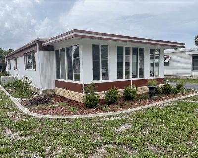 Leesburg FL Freshly Remodeled Large Mobile Home 2 Bedroom, 2 Bathroom, Double-Wide with Nearly 1,200 Square Feet! By Barry Grimes