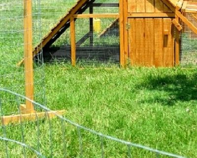 ON SALE- Beautiful Aforable Coops Hen Houses & FENCING POSTS FOR LOS ANGELES AREA
