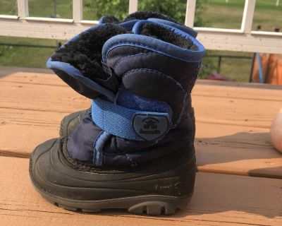 Kamik winter boots toddler size 6