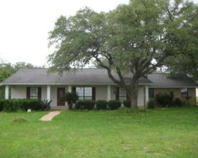 1755 Bensdale Rd, Pleasanton, TX 78064 2 Bedroom House