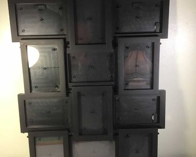 EUC Multi picture frame, holds 12 photos measuring 3 1/2 x 5 1/2. Picture frame measures 22 x 18