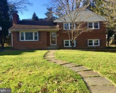 1410 Pathfinder Ln, McLean, VA 22101 3 Bedroom House
