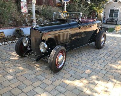 1932 Ford High-Boy 2-door All-Steel Convertible Deluxe Hi-Boy Restored Roadster V8-8