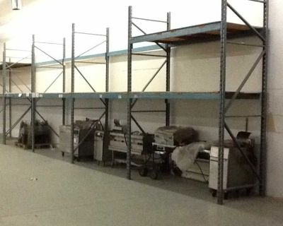 USED NORTH AMERICAN BRAND PALLET RACKING
