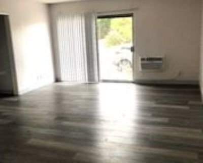 3189 Cheviot Vista Pl, Los Angeles, CA 90034 1 Bedroom Condo