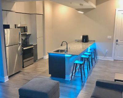 Private room with own bathroom - Atlanta , GA 30309