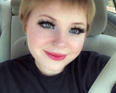 Caitlyn, 19 years, Female - Looking in: Santa Clarita Los Angeles County CA