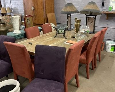 Furniture, collectibles, jewelry, vintage clothes, Llardo figurines and more auction!