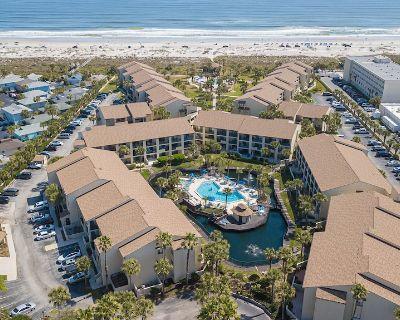 Ocean Villas #42 Ocean view pet friendly condo - St. Augustine Beach