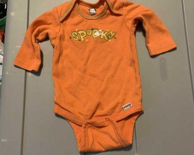 0-3 mo Gerber long sleeve Halloween onesie