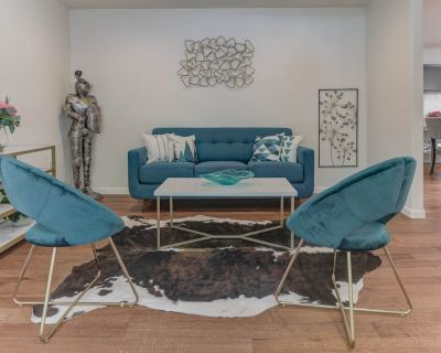 Stylish 4b2b Home With Ac/pool Table/washer/dryer in Central Bay Area - Union City