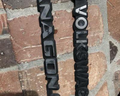 Vanagon emblems
