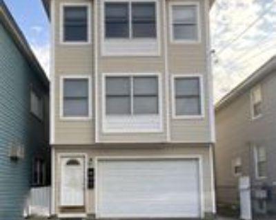 62 Evergreen St, Bayonne, NJ 07002 3 Bedroom Apartment