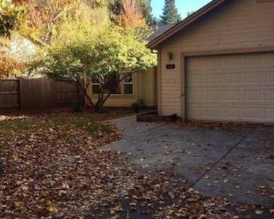 5 Donalli Ln, Chico, CA 95926 4 Bedroom Apartment