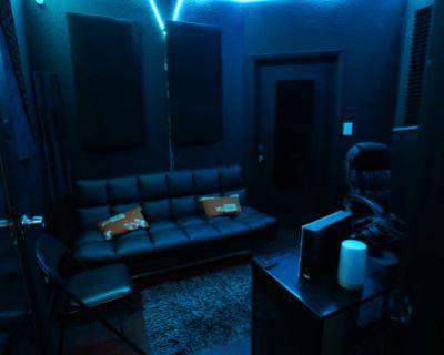 Recording Studio, Los Angeles, CA