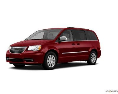 2011 Chrysler Town & Country TouringL