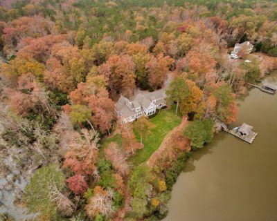 Private Waterfront Retreat on Mattaponi River ~ 15 Acre Private Estate! - West Point
