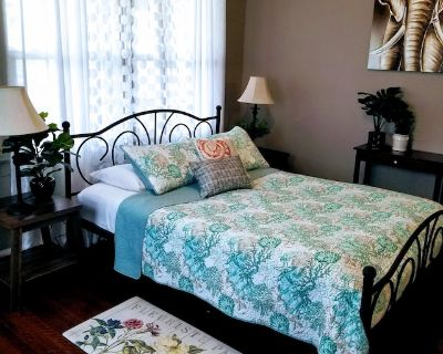 The Lion King Suite in Downtown Indianapolis - Near Eastside