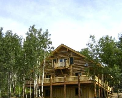 High Mountain Lodges, Accommodate up to 65 Family Reunions & Corporate Retreats - Tollgate Canyon