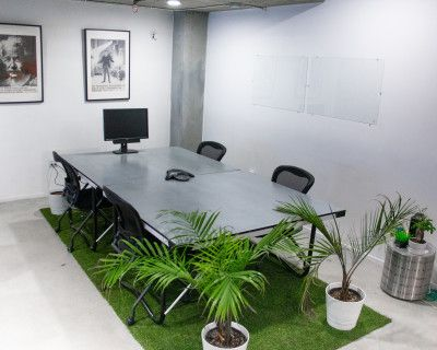 Safe & Sanitized office/meeting space in the heart of the Mission/Valencia district, San Francisco., San Francisco, CA