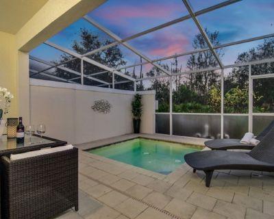 Stylish 3 bedroom/3 bath townhome, private dip pool, balcony, resort facilities - Four Corners
