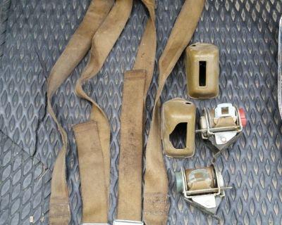 69 72 Deluxe GTO Chevelle Bucket Seat Belts Grand Prix CUTLASS SKYLARK 455 400