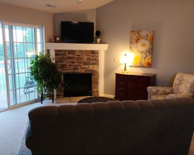 2 Bedroom 2 Bath Condo, one Hour From Whistling Straits - Jackson