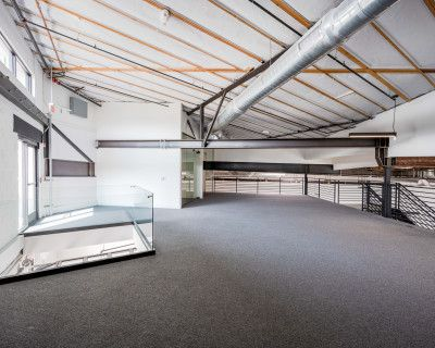Creative and Modern Office space w/ Confrence Rooms, Kitchen, Private Glass Wall Offices., Los Angeles, CA