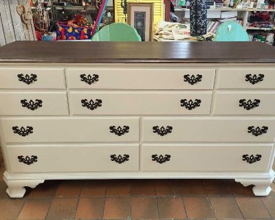 Solid wood with dovetailed drawers Ethan Allen dresser $375