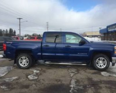 2014 Chevrolet Silverado 1500 LT with 1LT Crew Cab Short Box 4WD
