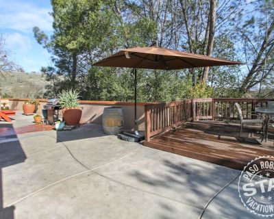 Woodland Patio Privacy in Heart of Paso Robles! - Paso Robles