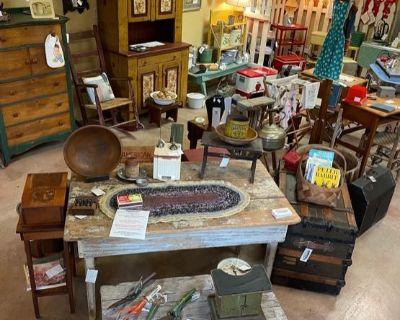 ANTIQUE STORE CLOSING ! Vintage * Primitives * Furniture * Smalls