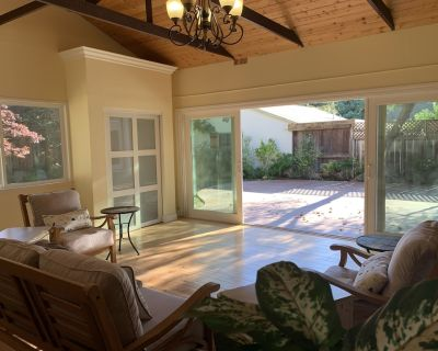 Huge 4 Bed 4 Bath beautiful home in prime location - The Willows