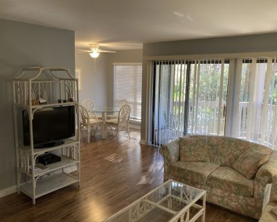 Newly Remodeled, Near Harbour Town 1st Floor 1 Bedroom 1 Bath Villa - Sea Pines