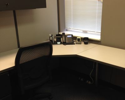 Shared Desk, Office Space, private office, Hub Zone, Washington DC, Leesburg Virginia 20176