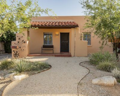 *Beautiful historic Tucson home, minutes from UofA & Downtown! Pet Friendly!* - Jefferson Park