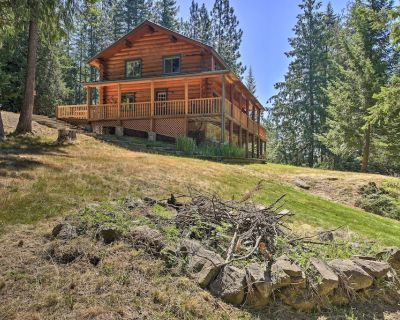 New! Large Cabin w/ Fire Pit + Grill on 34 Acres! - Sagle