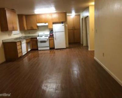 Pine St, Modesto, CA 95351 3 Bedroom Apartment