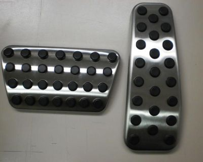 Dodge Chrysler Brake Gas Pedal Pads Nice Oem Stainless / Rubber Pads 5181565aa