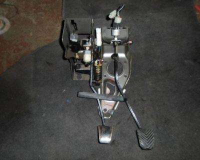 Mitsubishi 3000gt / Stealth Pedal Brake/clutch Non Turbo