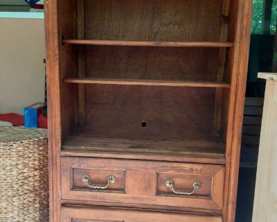 """17"""" 34"""" 54"""" Solid wood bookshelf with 2 drawers. Not perfect but solid and cute. No holds FCFS"""