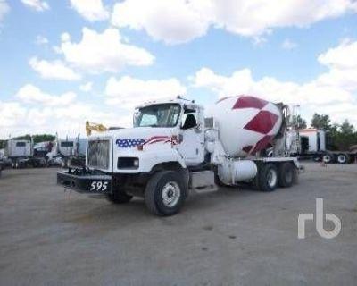 2007 INTERNATIONAL Concrete Mixer, Pump Trucks